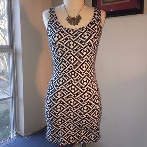 Black & White Geometric Print Bodycon Dress